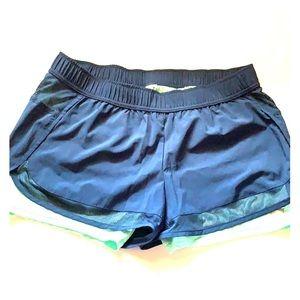 Avia SZ Large blue shorts